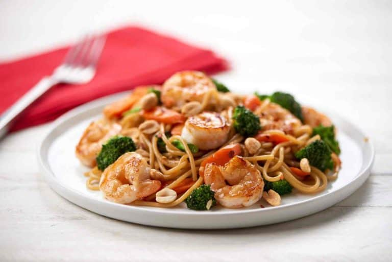 Shrimp Lo Mein with broccoli and carrots