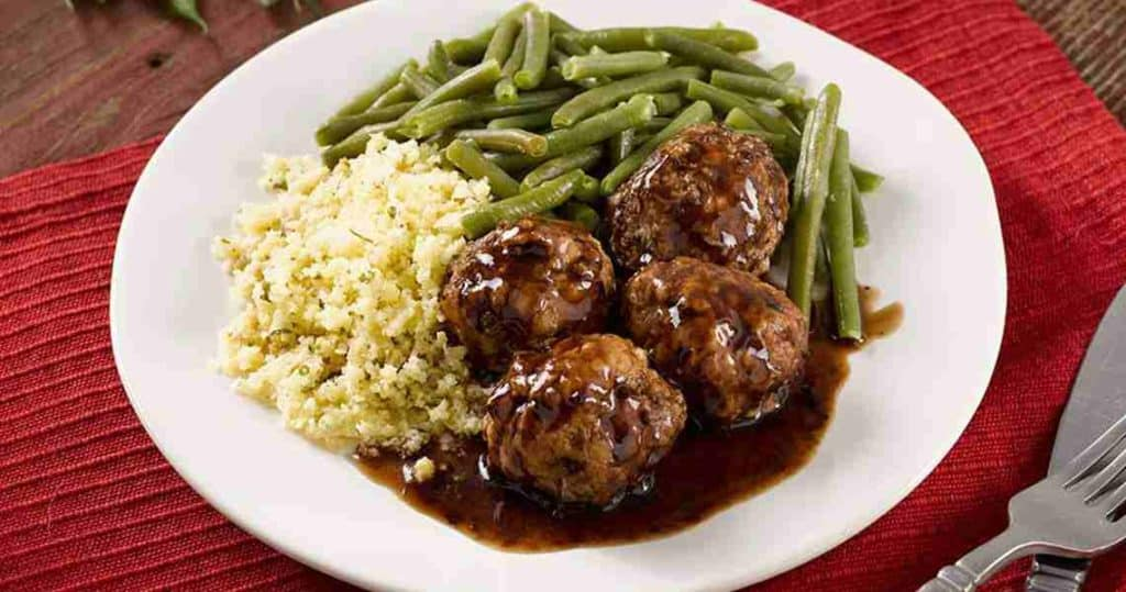 Merlot Meatballs with Grits