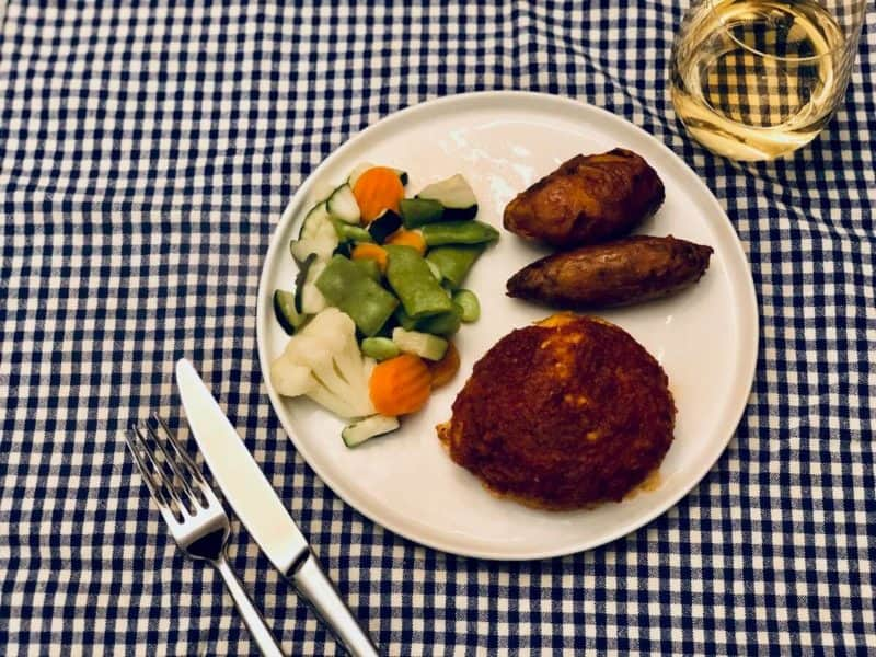 Tomato Santa Fe Chicken Burgers by Diet to Go – Review