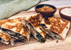Review: French Onion Mushroom Quesadilla by Home Chef
